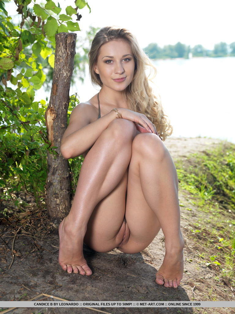 Nude ukrainian russian girls