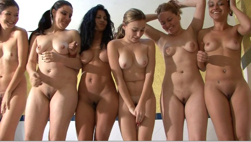 Sexy girls naked in groups