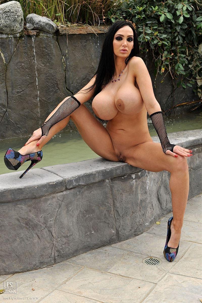 Amy anderssen nude pics