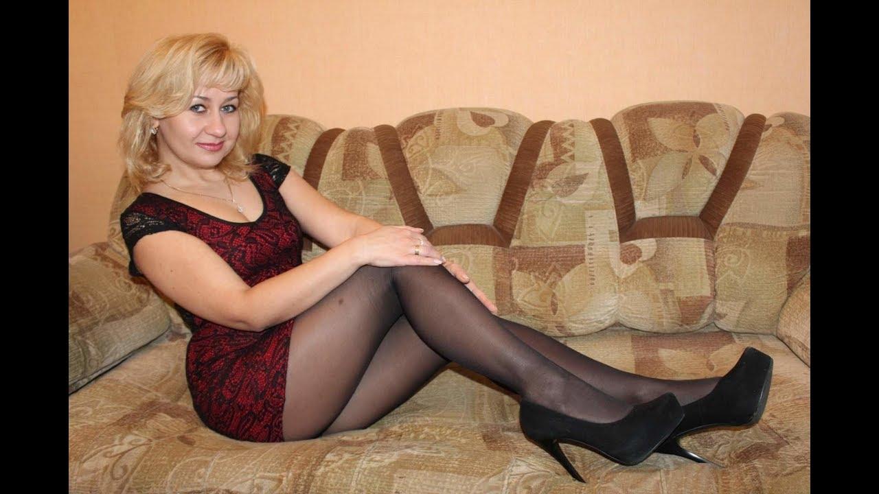 Women in nylons tubes
