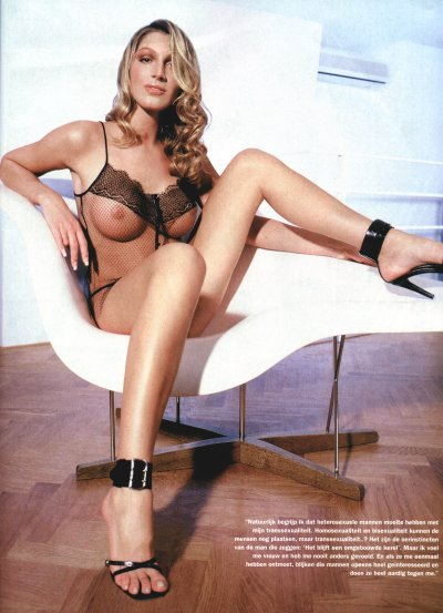 Kelly van der veer naked