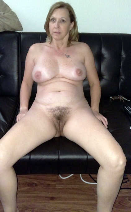 Women with hairy cunts