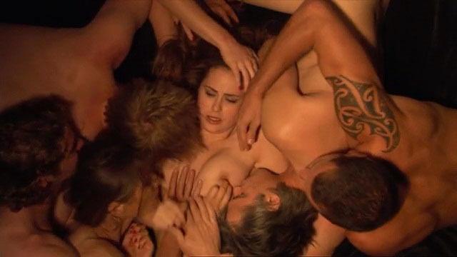 Fotos desnuda de anna hutchison