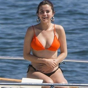 Selena gomez nude beach