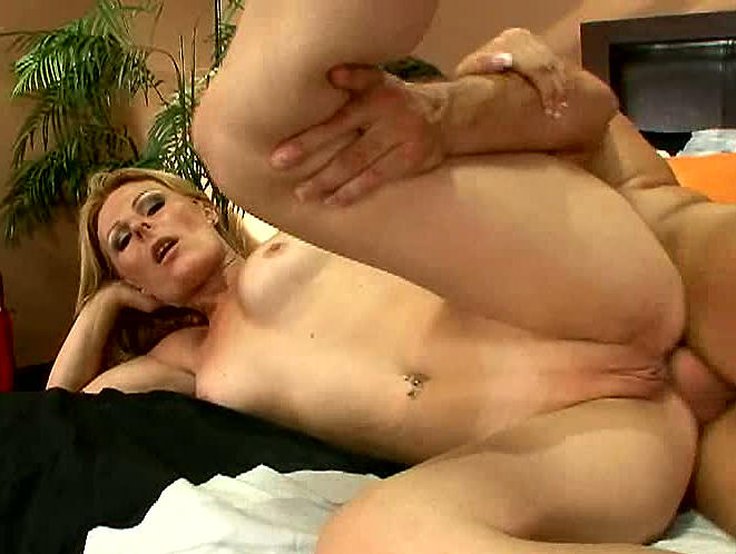 Fuck momma in the ass
