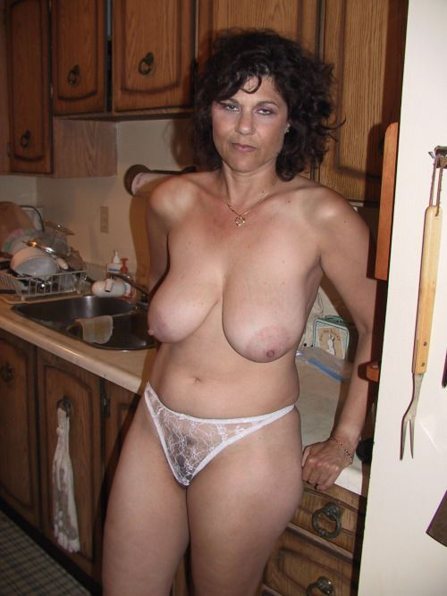 Mature milf with big saggy tits