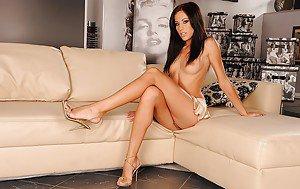 Nude woman oil wrestling