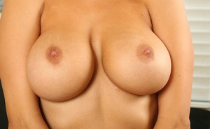 Chubby naked black moms