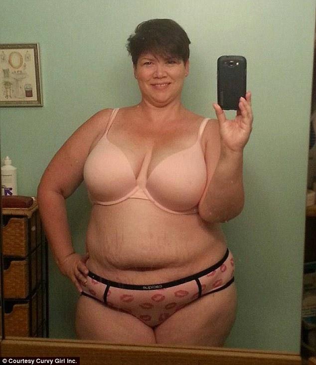Chubby mature mom spread