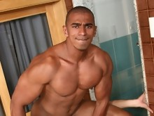 Naked muscle men masturbating