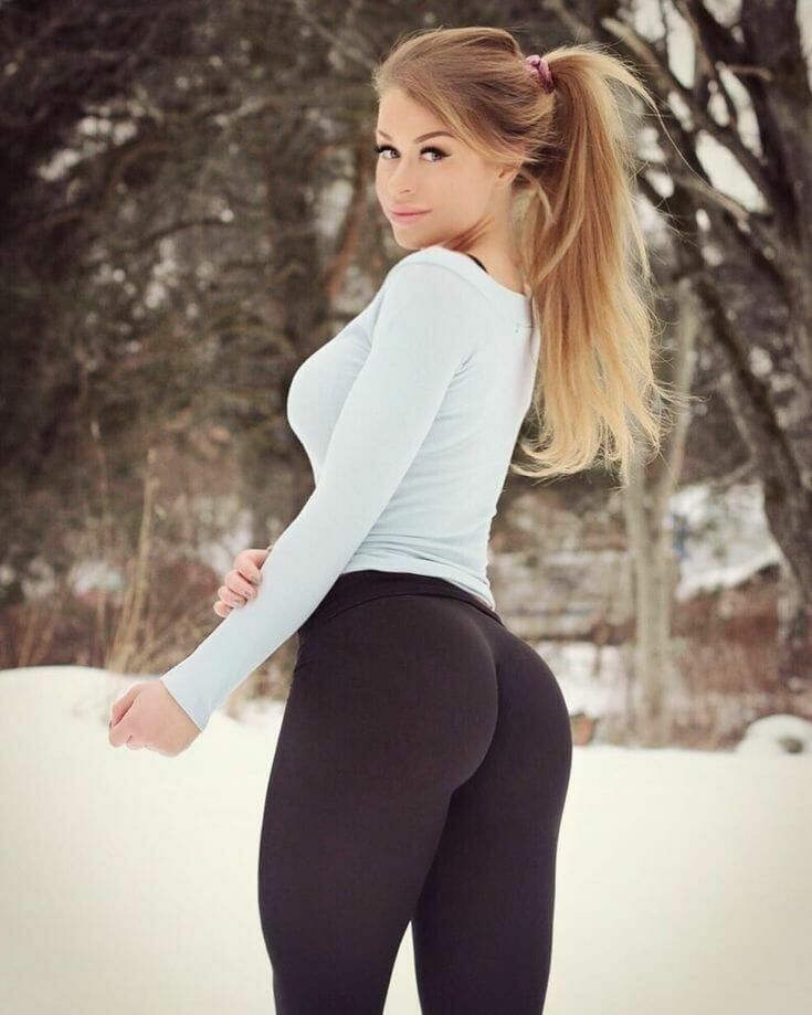 Short girl nice ass yoga pants