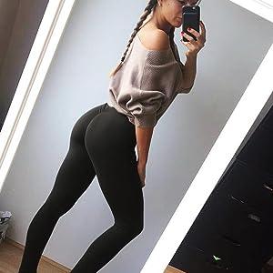 Hot girls in yoga pants ass