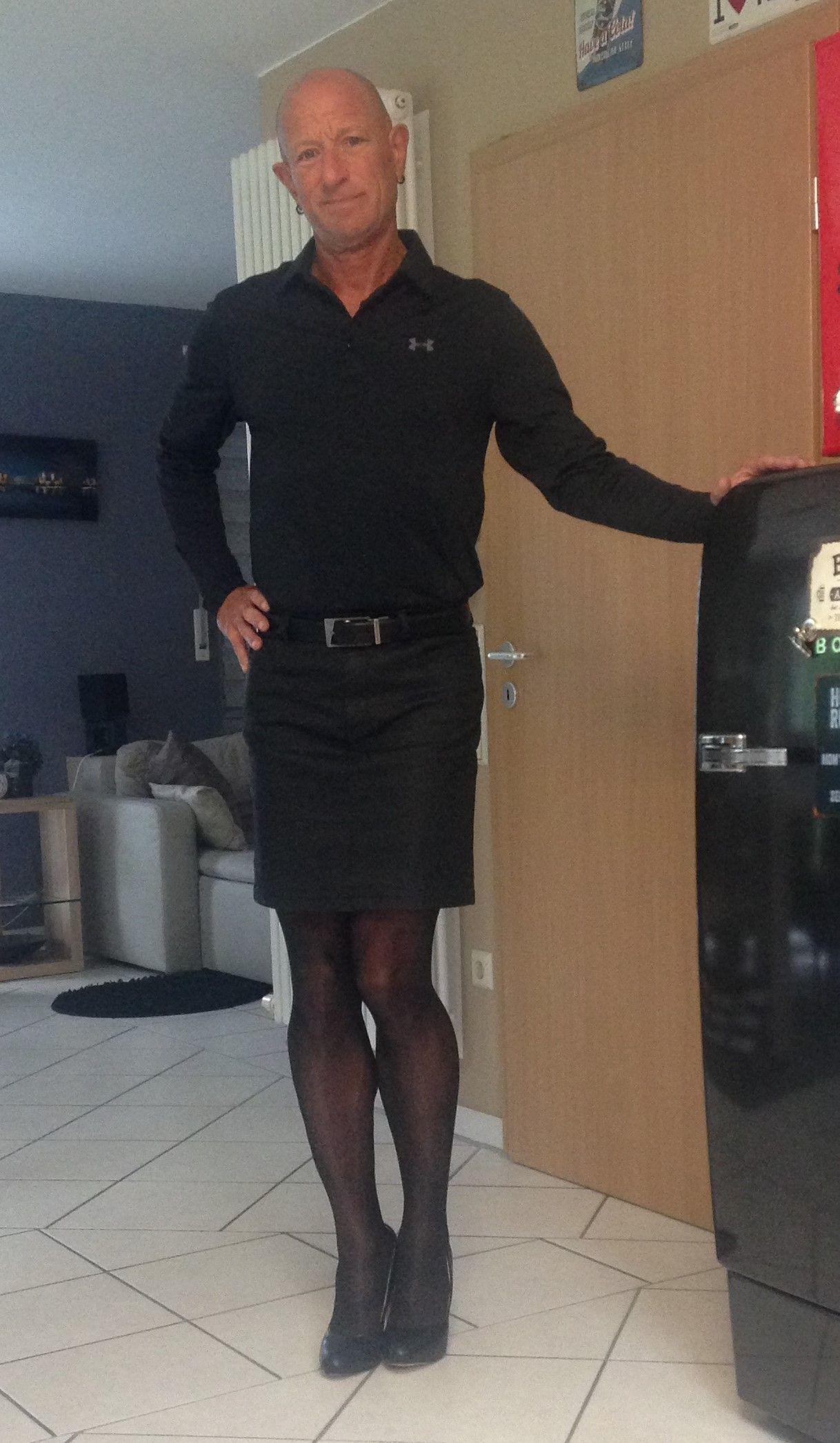 Men in skirts dresses transvestite