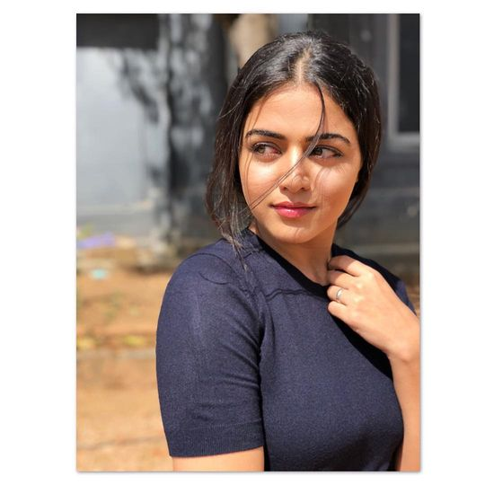 Wamiqa gabbi sex naked photo