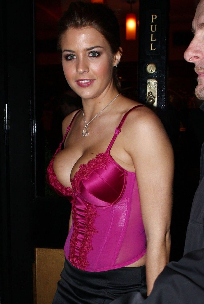 Wife cleavage no bra