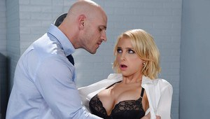 Amateur blonde gf blowjob
