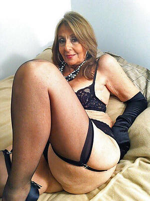 Beautiful big tits matures stockings