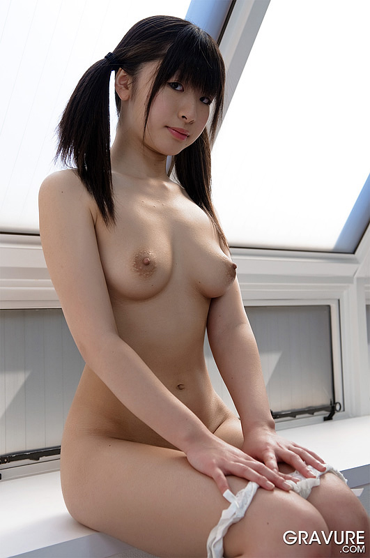 Young japanese gravure girls